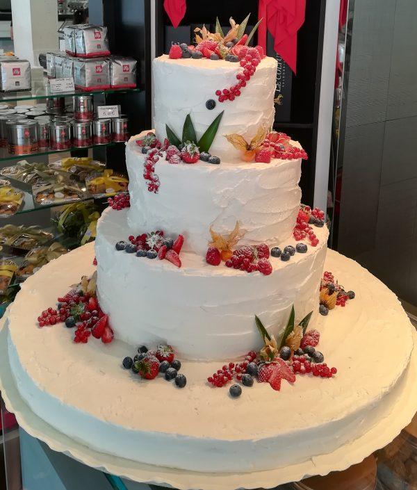 Torta Nuziale Frutti Rossi